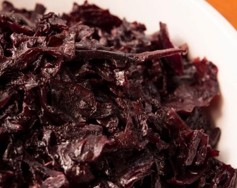 Red stewed cabbage